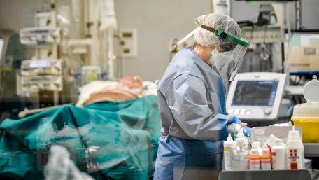 В італійських лікарнях різко зросла кількість інфікованих українців