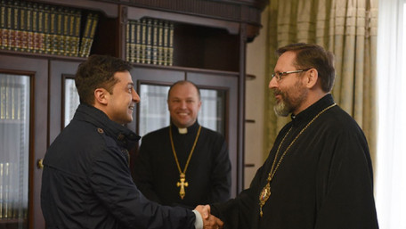 Президент закликав УГКЦ транслювати богослужіння на Великдень онлайн