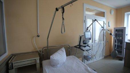 За ніч в інфекційній лікарні Львова  померли двоє людей