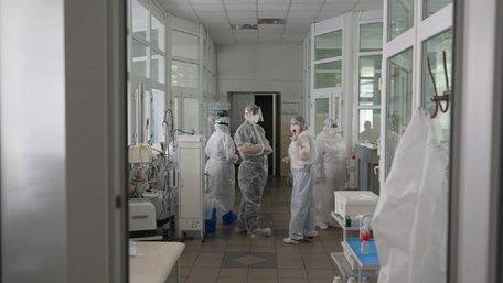Через коронавірус до лікарні потрапила львівська сім'я з двома дітьми