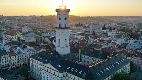 У Львові оприлюднили перелік екскурсій і кав'ярень, які можна відвідати за півціни