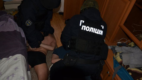 Поліція затримала ще двох учасників нападу на львівського валютника