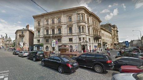 У Львові вчинили розбійний напад на будинок родини гендиректора «ТРК Люкс»