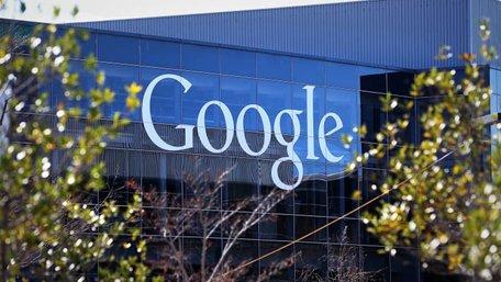 Google заборонить рекламувати програми для стеження за людьми