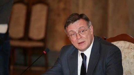 Підозрюваному у вбивстві екс-міністру Леоніду Кожарі продовжили арешт