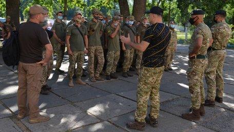 Інструктори із Великої Британії розпочали навчати українських військових