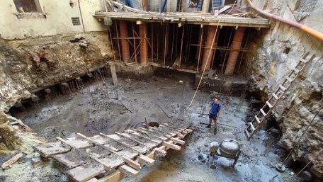 Фірму Козловського оштрафували на 170 тис. грн за самовільні роботи у пам'ятці архітектури
