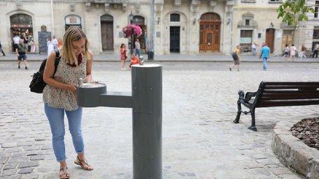 Ще на двох вулицях Львова встановлять питні фонтани