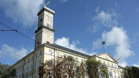 Мер Львова позбавив себе і заступників премій до кінця карантину