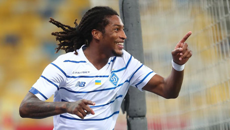 «Динамо» перемогло АЗ та вийшло у плей-офф кваліфікації Ліги чемпіонів