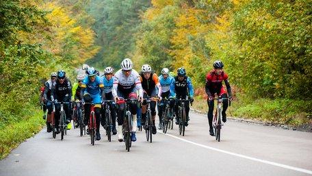Найкращі маршрути та краєвиди: багатоденна велогонка TOUR de ONUR на Львівщині