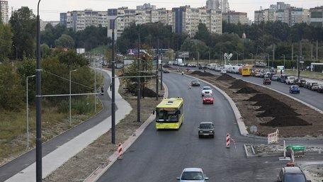 Вулицю Хуторівку у Львові відкрили для проїзду