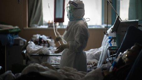 Чому за безкоштовне лікування коронавірусу платять пацієнти?