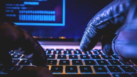 Хакери атакували регіональні сайти поліції і публікують фейки
