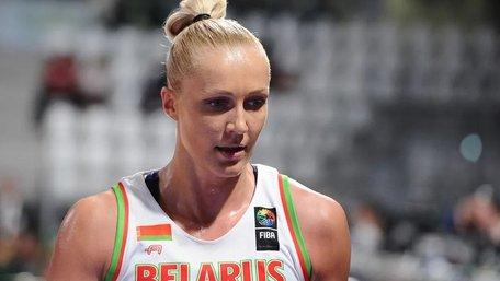 Відому білоруську баскетболістку затримали в аеропорту Мінська