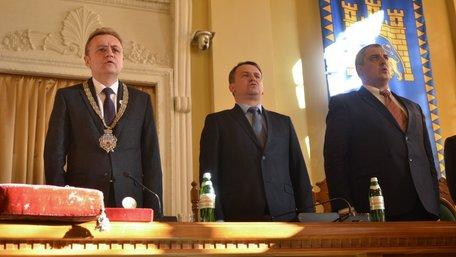 Львівські соціологи оприлюднили останні рейтинги перед днем виборів