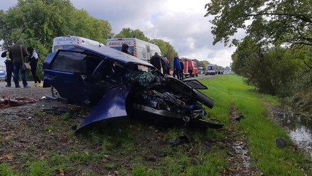 На об'їзній Львова внаслідок ДТП з чотирьох автомобілів загинули троє людей