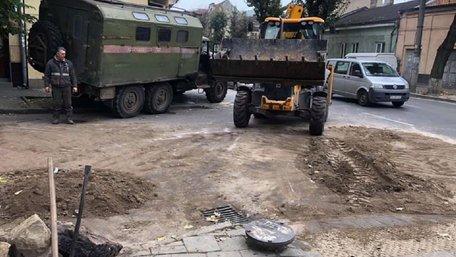 Львів'янин переплутав мережі і підключив воду в трубу з газом