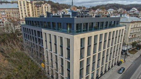 Як виглядають преміальні апартаменти в центрі Львова і що саме робить їх висококласним житлом