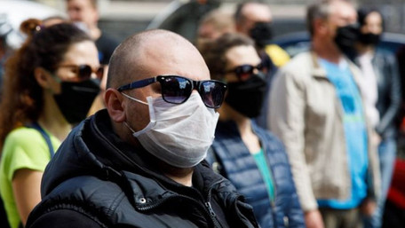 Уряд оголосив про посилення карантину по всій Україні