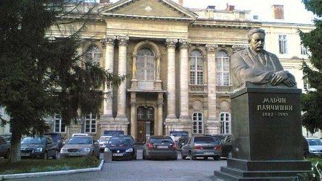 У Львові ліквідовують єдине в Західній Україні дитяче кардіохірургічне відділення