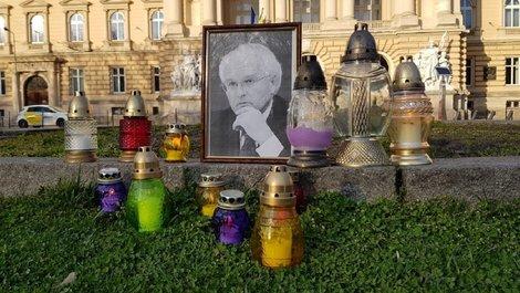 In memoriam Іван Вакарчук