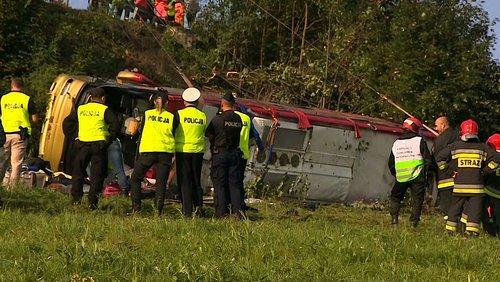 Біля Перемишля розбився туристичний автобус з львів'янами, троє загиблих. В екскурсійному автобусі, що їхав до Відня, перебували діти