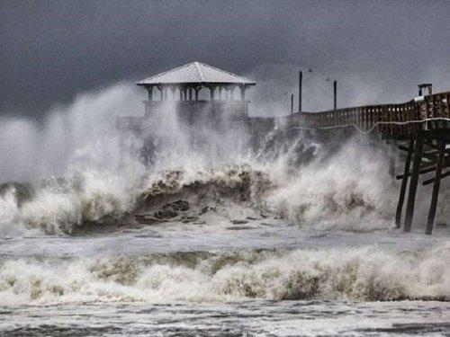 Близько 500 тис. будинків на східному узбережжі США знеструмлені через ураган «Флоренс»