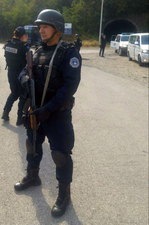Косовський поліцейський