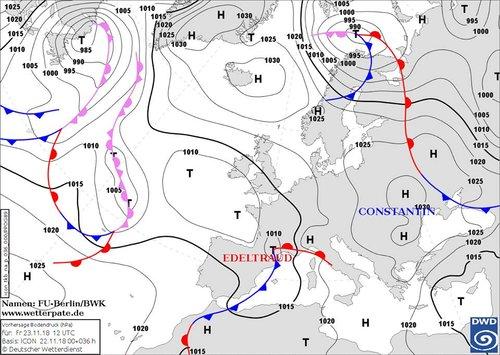 Мапа з антициклоном над Україною та атмосферним фронтом
