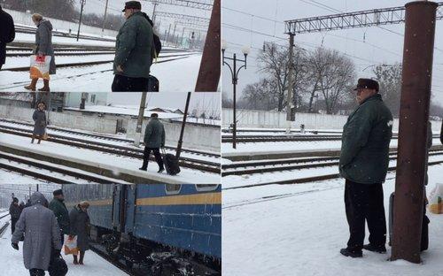 Екс-суддя на вокзалі у Ківерцях в грудня 2018 року