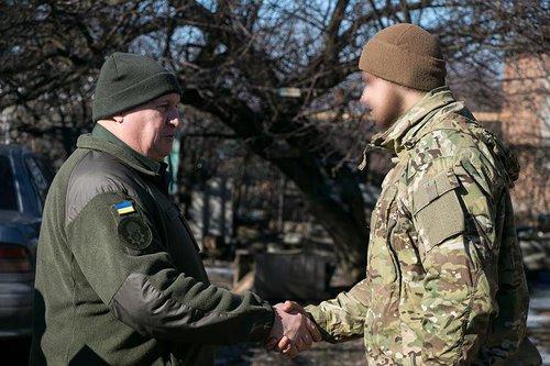 Військових нагородили за ліквідацію російських вояків