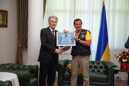 Представники реєстру рекордів зафіксували досягнення Віктор Ющенка