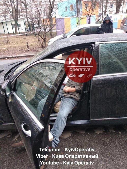 У Дніпровському районі Києва застрелили підприємця, що був фігурантом справи про корупцію посадовців ГПУ