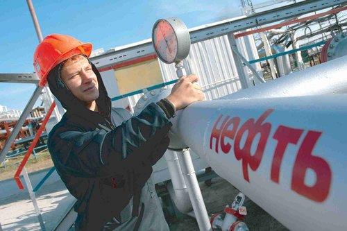 Росія заборонила експорт нафти та нафтопродуктів в Україну. Російські нафтопродукти та скраплений газ нині посідають до 40% українського ринку