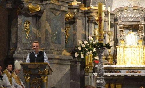 Мер Львова привітав римо-католицьку громаду міста з Великоднем. Пасхальне богослужіння відбулось у Латинській катедрі