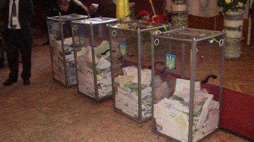 В Україні розпочався другий тур президентських виборів. Виборчі дільниці працюватимуть до 20:00