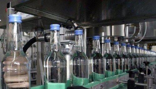 Верховна Рада підтримала скасування державної монополії на виробництво спирту. За відповідний законопроект у першому читанні проголосували 293 нардепа