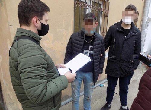 27-річний чоловік пограбував пенсіонерку у Львові, представившись поліцейським