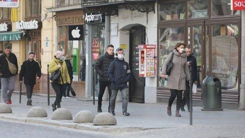 Уряд знову посилив карантин у Львові. У Львові та чотирьох районах області встановили помаранчевий рівень епідемічної небезпеки