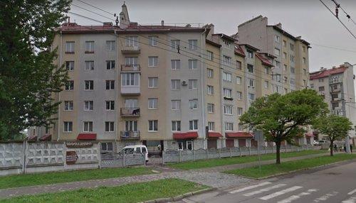 Львівська нотаріуска відсудила в мерії 90 тис. грн за демонтовані вивіски