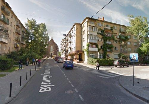 На ще одному перехресті у Львові нанесуть розмітку «вафельницю»