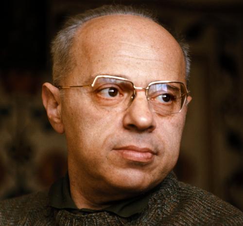 Портретне фото Станіслава Лема