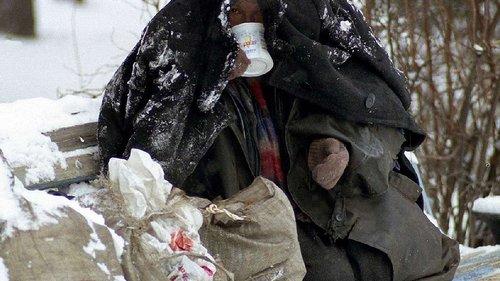 Центр перебування бездомних закликає львів'ян поділитись теплим одягом з безпритульними