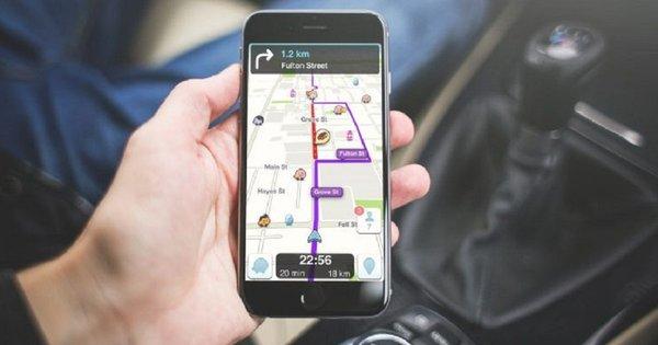 Львівські дорожники відстежують скарги водіїв через спеціальний мобільний додаток