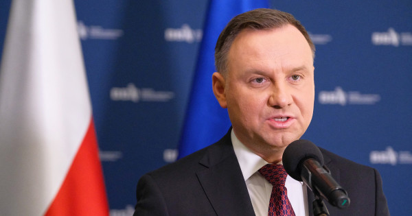 Польща закликала Євросоюз посилити санкції проти Росії. Анджей Дуда закликав ЄС «змусити Росію дотримуватися міжнародного права»