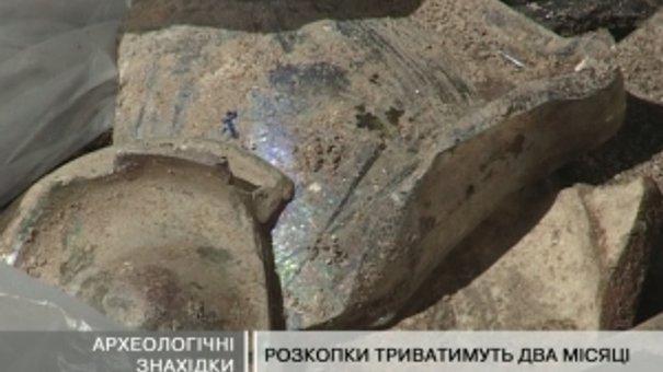 У дворику мерії знайшли мури старої Ратуші