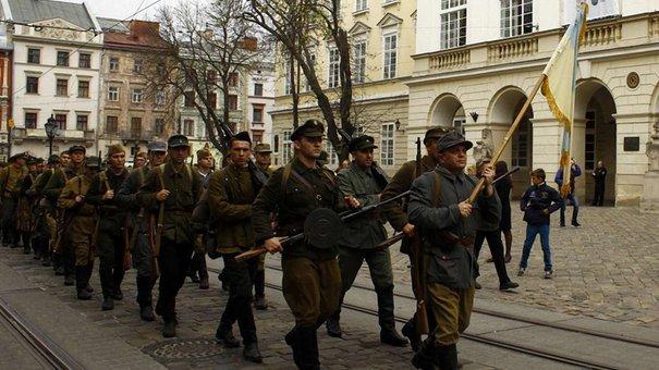 Марш слави УПА у Львові. Відео