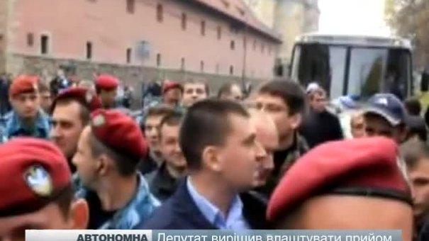 """Михальчишин """"зчепився"""" з Автономним опором"""