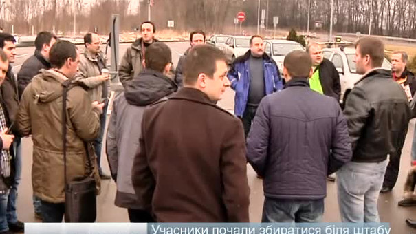 Частина гуманітарного вантажу таки перетнула україно-польський кордон